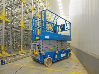 electric scissor lift stowed